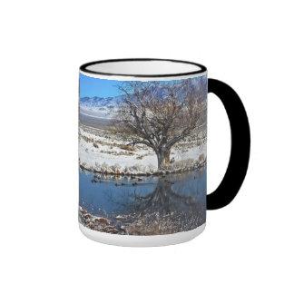 Retratamiento del invierno taza de dos colores