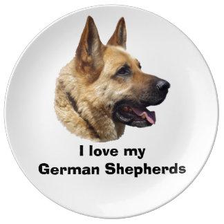 Retrato Alsatian del perro de pastor alemán Platos De Cerámica