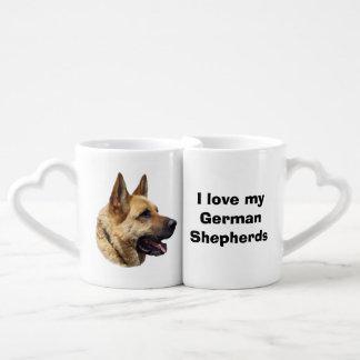 Retrato Alsatian del perro de pastor alemán Tazas Para Parejas