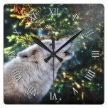 Retrato ártico II del lobo gris del grito Reloj De Pared