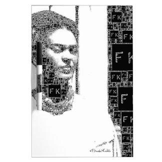 Retrato blanco y negro de Frida Kahlo Pizarra Blanca