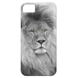 Retrato blanco y negro del león iPhone 5 carcasas