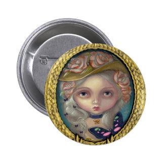 """""""Retrato con el botón de un gorra florecido"""" Pins"""