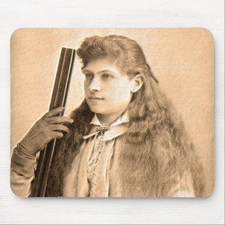 Retrato de Annie Oakley Mouse Pad