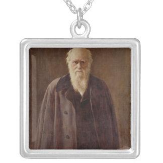 Retrato de Charles Darwin 1883 Collar Plateado
