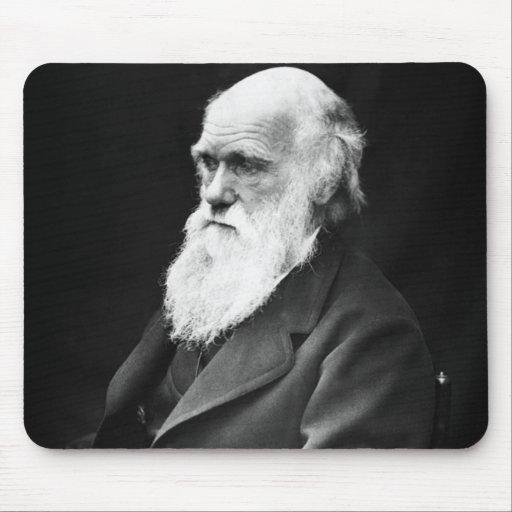 Retrato de Charles Darwin Tapetes De Raton