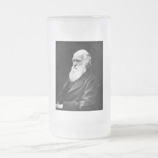 Retrato de Charles Darwin Tazas