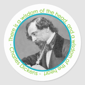 Retrato de Charles Dickens con cita Etiqueta Redonda