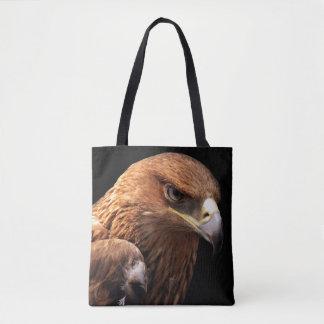 Retrato de Eagle aislado en negro Bolsa De Tela