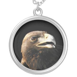 Retrato de Eagle de oro Collar Plateado