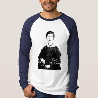 Retrato de Emily Dickinson en la ropa, las bolsas Camisas