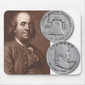 Retrato de Franklin con los medios dólares Tapete De Raton
