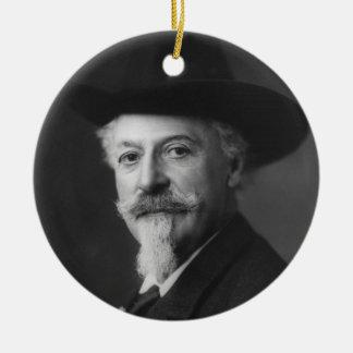 Retrato de Guillermo F. Cody a.k.a. Buffalo Bill Adorno Redondo De Cerámica
