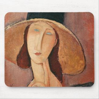 Retrato de Jeanne Hebuterne en un gorra grande Tapetes De Ratones