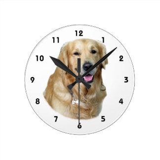 Retrato de la foto del perro del golden retriever reloj redondo mediano
