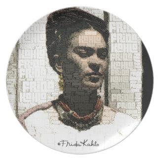 Retrato de la materia textil de Frida Kahlo Platos Para Fiestas