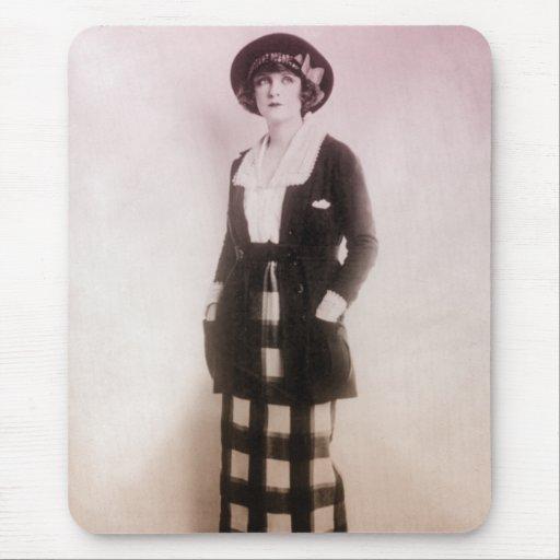 Retrato de la moda del vintage tapetes de raton