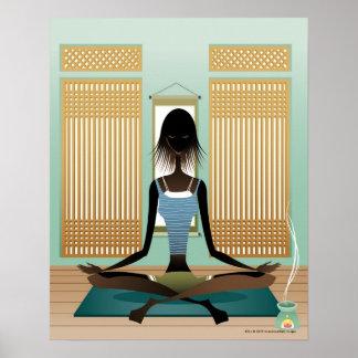 Retrato de la mujer joven que hace yoga impresiones