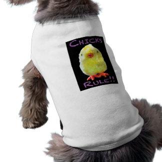 Retrato de la regla de los polluelos en negro playera sin mangas para perro