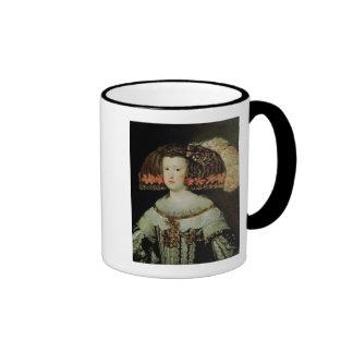 Retrato de la reina Maria Ana de España Taza A Dos Colores