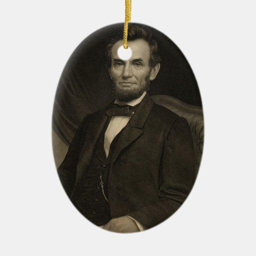 Retrato de Lincoln que lleva a cabo un documento Adornos De Navidad