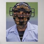 Retrato de llevar del árbitro del béisbol póster