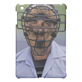 Retrato de llevar del árbitro del béisbol protecto