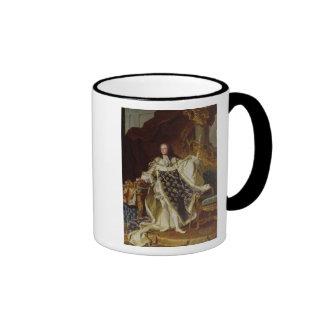 Retrato de Louis XV en sus trajes de la coronación Taza A Dos Colores