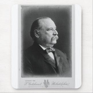 Retrato de presidente Stephen Grover Cleveland Tapete De Ratones