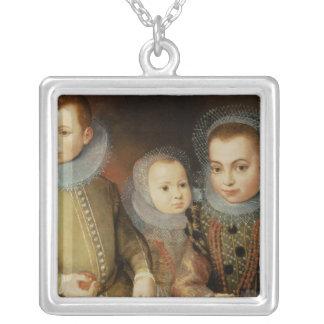 Retrato de tres niños de Tudor Collar Plateado
