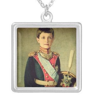 Retrato de Tsarevitch Alexei Nikolaevich; Collar Plateado