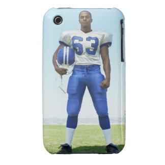 retrato de un futbolista que celebra un fútbol Case-Mate iPhone 3 cárcasa