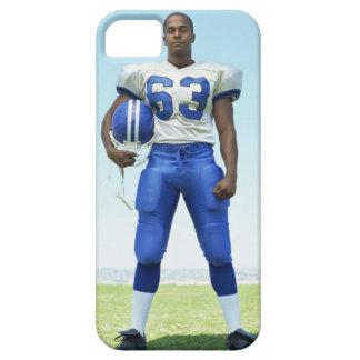 retrato de un futbolista que celebra un fútbol iPhone 5 fundas