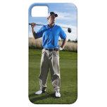 Retrato de un golfista en un día soleado iPhone 5 funda