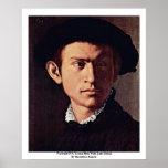 Retrato de un hombre joven con el detalle del laúd posters