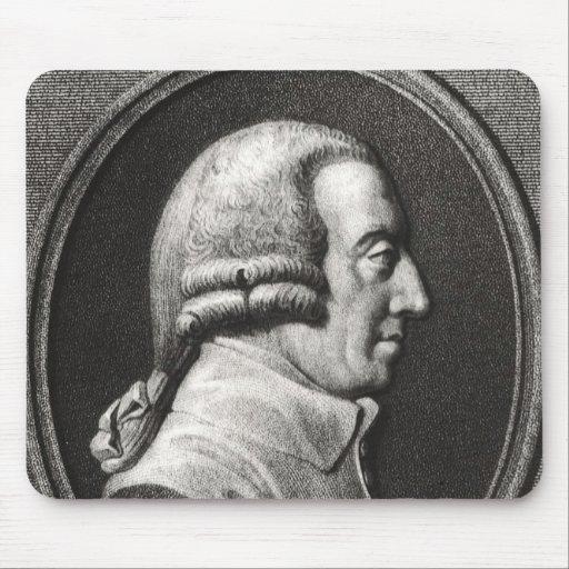 Retrato de un medallón de Adán Smith Alfombrillas De Ratón