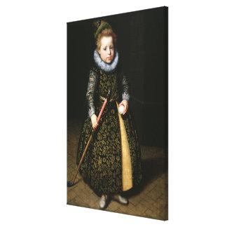 Retrato de un viejo muchacho de cuatro años con el lona envuelta para galerias