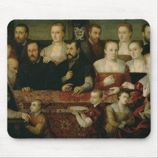 Retrato de una familia grande alfombrillas de ratón
