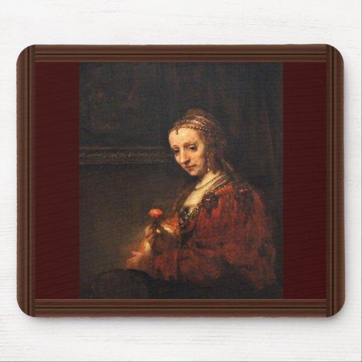 Retrato de una mujer con un clavel rojo, inglés: tapetes de raton