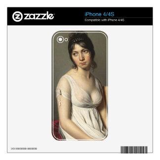 Retrato de una mujer joven en blanco iPhone 4S skin