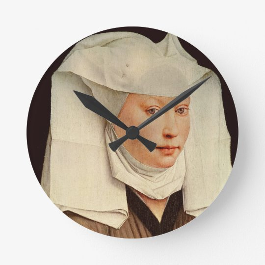 Retrato de una mujer joven en un gorra fijado, c.1 reloj redondo mediano