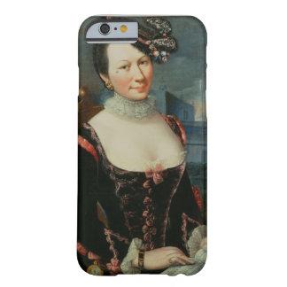 Retrato de una mujer que lleva a cabo una funda de iPhone 6 barely there