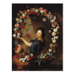Retrato de una mujer rodeada por las flores postal