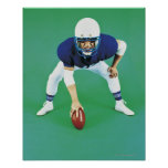 Retrato de una tenencia del jugador de fútbol póster