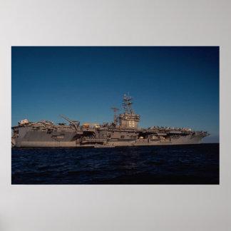 Retrato de USS Nimitz portador de propulsión nu Posters