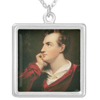 Retrato del 6to barón de George Gordon Byron Collar Plateado
