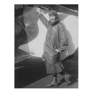 Retrato del aviador de sexo femenino Marjorie Tarjetas Postales