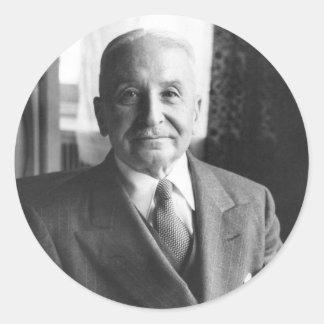 Retrato del economista austríaco Ludwig von Mises Pegatina Redonda