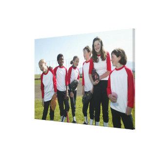 retrato del equipo del softball del chica impresión en lienzo estirada