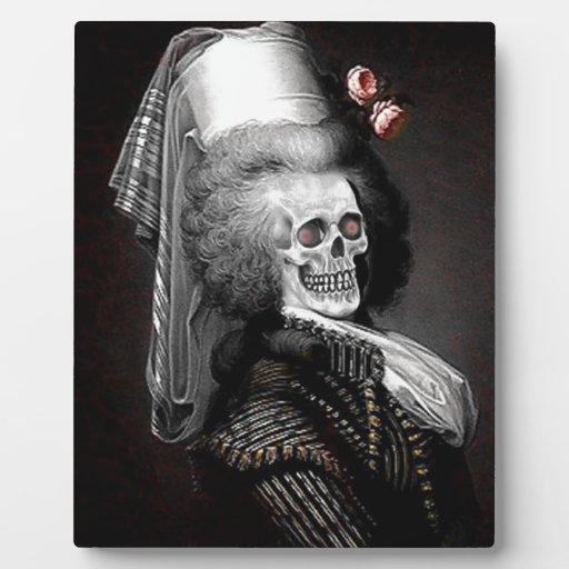 Retrato del espíritu necrófago de Halloween Placas Con Foto